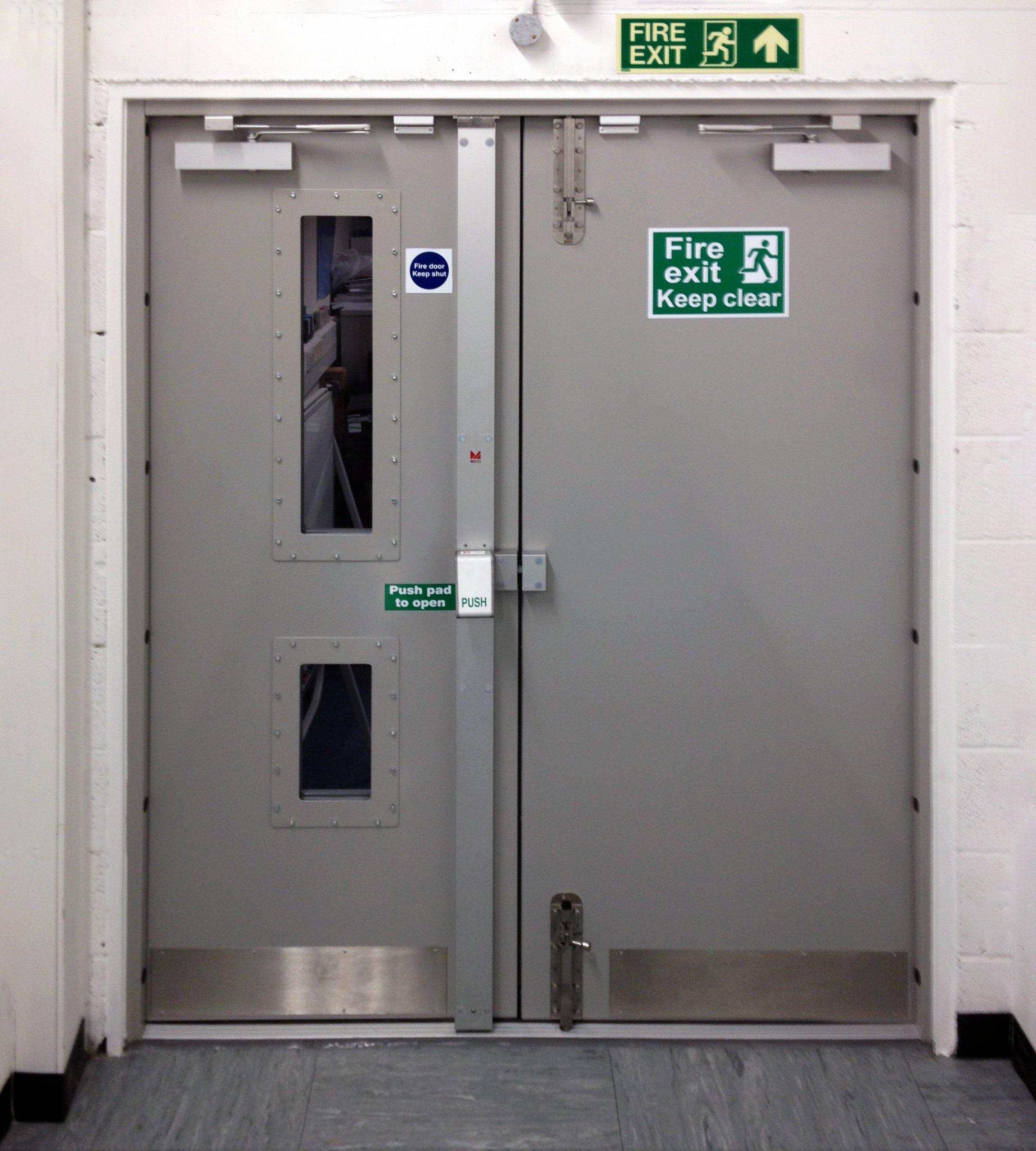 Bradbury metal door