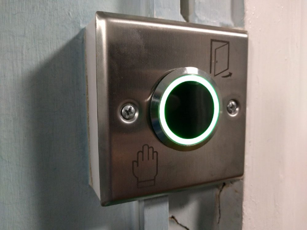 touchless access control button for doors
